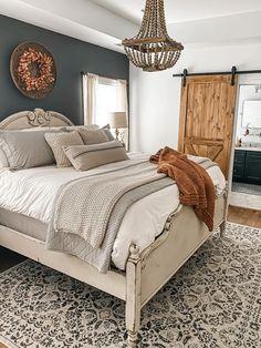 Dream Bedroom, Home Decor Bedroom, Western Bedroom Decor, Master Bedroom Makeover, Master Bedroom Color Ideas, Romantic Master Bedroom Ideas, Rustic Master Bedroom Design, Country Master Bedroom, Up House
