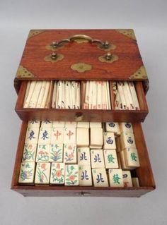 Antique-c1900-Chinese-Rosewood-Brass-Cased-Bamboo-Bovine-Bone-Mahjong-Game-Set
