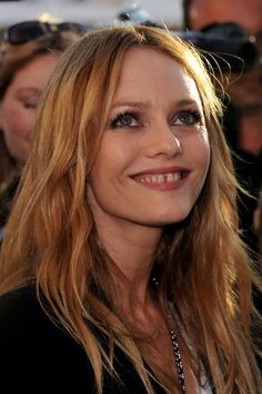 Vanessa Paradis. Her smile could light up a room! Vanessa Paradis, Jessica Pare, Gap Teeth, Lauren Hutton, Cruise Collection, Chanel Cruise, French Beauty, The Hollywood Reporter, Brigitte Bardot