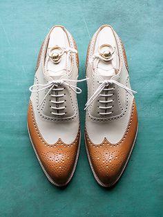 Co-respondent shoes. Vintage shoes.