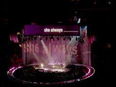 U2 Vertigo Tour  She Always...