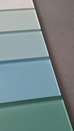 Glass Metro / Subway tiles from www.too-jazzy.com Add some tropical sea to your blue interiors, kitchens and bathrooms