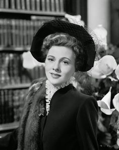 "Vintage Glamour Girls: Joan Fontaine in "" Suspicion """