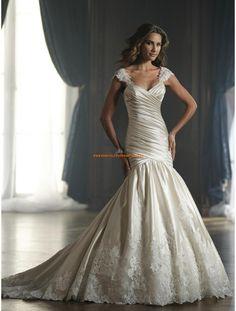 David Tutera Meerjunfrau Elegante Wunderschöne Brautkleider aus Softnetz mit Applikation