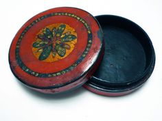 small chinese lacquered container with applique details