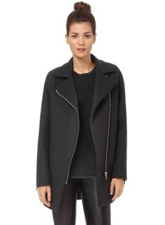 Wilfred Free Fei Coat, now available at Aritzia.com.