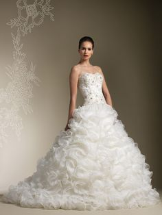 Full Organza Ruffle Skirt Wedding Dress with Strapless Sweetheart Beaded Lace Bodice