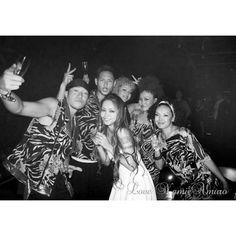 ドームツアーのダンサー陣はいつものメンバーかな~? 25th沖縄ライブの時のダンサー陣かな~? かつて一緒に踊ってたダンサー陣も出てくれたりしたら、本当に嬉しいんだけどな。 TETSUHARUさんとか、NATSUMIさんとか、出てくれたら嬉しいんだけどな。 昔のダンサー陣も大好き❤ 色んな思い出がいっぱい❤ #安室奈美恵#安室ちゃん#奈美恵ちゃん #LoveNamieAmuro