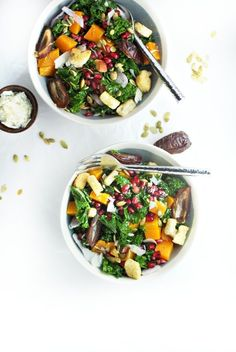 Kale butternut squash salad with dates, pomegranate and pumpkin seeds. | Vegan (omit cheese), dairy free (omit cheese), gluten free, paleo, and vegetarian. | Click for healthy recipe. | Via Drool Worthy