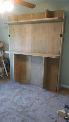 Decorate your room in a new style with murphy bed plans Murphy Bed Kits, Build A Murphy Bed, Murphy Bed Desk, Murphy Bed Plans, Murphy Bes, Modular Furniture, Diy Furniture, Furniture Design, Furniture Projects