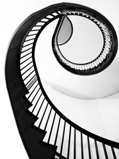 Spectacular curved staircase