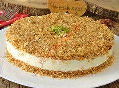 Crispy Outside, Crispy Inside, A Delicious Dessert: Muhallebili Kadayıf Cake - Kuchen Rezepte Turkish Recipes, Mexican Food Recipes, Candy Recipes, Sweet Recipes, Köstliche Desserts, Dessert Recipes, Cake Recipe Using Buttermilk, Pizzelle Recipe, Custard Cake