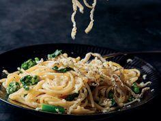 Spaghetti with Cacio e Pepe Butter Recipe  - Justin Chapple | Food & Wine