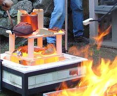 Raku-firing-kiln-setup Great Website with tons of tutorials including handbuilding