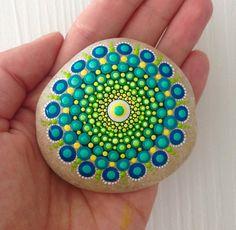 Gartendekoration - Mini Mandala - Gemalter Stein - Fee Garten - ein Designerstück von CreateAndCherish bei DaWanda