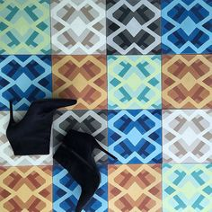 Its Friday time to do the happy dance!  #kingstown #madetoorder #cementtile #maleneb #malenebdesign #malenebtile #interiors #tiledesign #carpetdesigner #nyc #nycdesigner #nycdesign #moderntile #interiordesign #interiordesigner by malenebcarpets