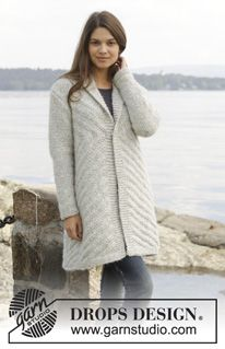 """By The Lake / DROPS 157-7 - Knitted DROPS jumper with textured pattern in 1 strand """"Cloud"""" or 2 strands """"Brushed Alpaca Silk"""". Size: S - XXXL. - Free pattern by DROPS Design"""