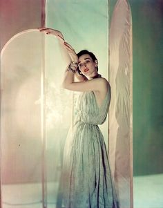 Photography by Cecil Beaton for Vogue, 1950.