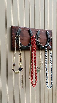 Horseshoe design rustic country Jewelry necklace & pendant organizer & display