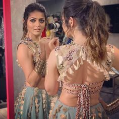 Indian Blouse Designs That Make For Perfect Bridal Inspiration For You, Straight Off The Runway Choli Designs, Lehenga Designs, Choli Blouse Design, Stylish Blouse Design, Fancy Blouse Designs, Bridal Blouse Designs, Blouse Neck Designs, Blouse Designs Catalogue, Sleeves Designs For Dresses