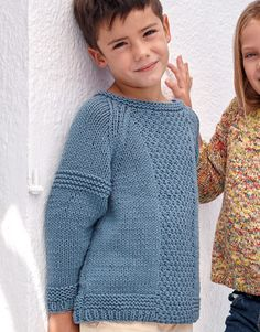 Model / Pattern of Sweater of Kids of Spring / Summer from KATIA Boys Knitting Patterns Free, Baby Cardigan Knitting Pattern Free, Knitting For Kids, Knitting For Beginners, Knit Patterns, Handmade Clothes, Diy Clothes, Crochet For Boys, How To Purl Knit