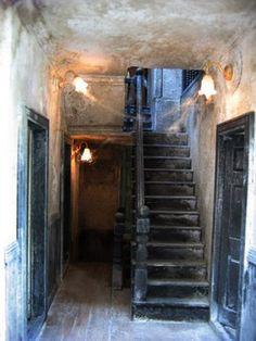 Manoir de Samaris - stairway