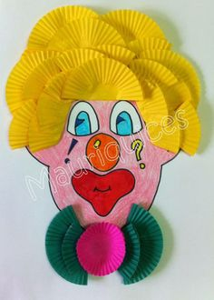 Clown craft and art ideas for preschoolers Paper and plastic plate clown crafts Yogurt cup clown craft ideas Recycled clown crafts for kids Popstick clown craft ideas for preschoolers Hanprint clown art activities Balloon clown craft idea for kids Kids Crafts, Clown Crafts, Circus Crafts, Projects For Kids, Diy And Crafts, Fall Crafts, Arts And Crafts, Paper Crafts, Circus Activities