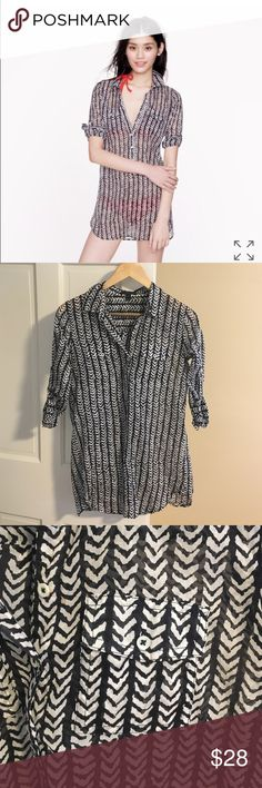 Jcrew herringbone stripe tunic Barely worn herringbone tunic in cotton. Not just for the beach... I wore tucked in with jeans sometimes! Hits mid thigh. Great condition! J. Crew Swim Coverups