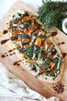Recipe: Butternut Squash, Sage, and Caramelized Onion Flatbread with ...