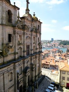 Igreja de São Lourenço (ou Igreja dos Grilos) na Sé www.webook.pt #webookporto #porto #igreja #igrejas