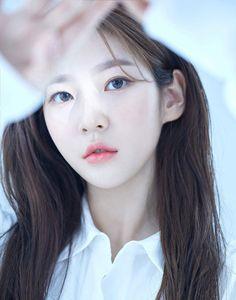 Kim Soo Hyun, Seo Ye Ji, And Kim Sae Ron Mark Next Chapter At New Agency With Stunning Profile Photos | Soompi Hyun Seo, Seo Kang Joon, Lee Bo Young, Nam Woo Hyun, News Agency, Beauty Shots, Profile Photo, Profile Pics, Great Photographers