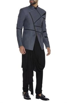 Buy Draped kurta set with textured jacket by Komal Sood - Men at Aza Fashions Indian Wedding Clothes For Men, Wedding Dress Men, Indian Wedding Suits Men, Mens Sherwani, Wedding Sherwani, Indian Men Fashion, Mens Fashion Suits, Men's Fashion, Fashion Trends