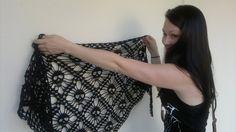 "Photo from album ""Шаль ЧЕРЕПА - Шаль Skull"" on Yandex. Photo Tutorial, Crochet Shawl, Yarn Crafts, Crochet Patterns, Skull, Crop Tops, Yandex Disk, Women, Album"