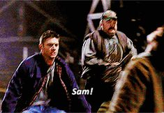 gif mine supernatural tv show dean winchester sam winchester Jensen Ackles Jared Padalecki wincest gif: supernatural gif: spn ok im going to cry again hold me wincest iS THE WORST Supernatural Tv Show, Supernatural Seasons, Winchester Brothers, Sam Winchester, Cw Tv Series, Jensen Ackles Jared Padalecki, Two Brothers, Liquor Store, Crazy People