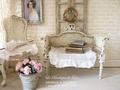 http://atelier-de-lea.blogspot.co.uk/search?updated-max=2014-10-20T00:24:00+02:00