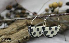medium Half circle, retro style, hoop earings, in colors of white and grey