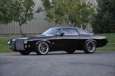Here's a pro-touring ride that you don't see everyday: an awesome '73 Olds Cutlass built by our friends at Schwartz Performance Inc! It's powered by a 700+HP LSA crate engine (from Chevrolet Performance) with a Tremec T56 manual transmission. It rides on a Schwartz G-Machine chassis, RideTech coilovers, Baer brakes, and 18x9/18x10.5 Forgeline GT3C wheels finished with Transparent Smoke centers & Polished outers. See more at: http://www.forgeline.com/customer_gallery_view.php?cvk=1777…