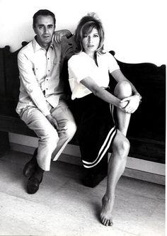 Michelangelo Antonioni e Monica Vitti Classic Actresses, Actors & Actresses, Michelangelo Antonioni, World Icon, Boy Meets Girl, Italian Actress, Famous Models, Film Aesthetic, Film Director