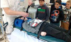 #tStartblok groep 6 | Ontzettend gaaf & leerzaam bezoek @radboudumc voor #Jeelo - Veilig helpen! Doktoren en verpleegkundigen bedankt!