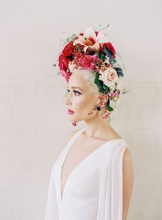 French Flower Market: Styled Social New Orleans is here! ⋆ Ruffled Pink and emerald wedding inspired by flora and fauna? From a striking floral headpiece to a tassel filled invitation suite, we are marveling at it all on Flower Crown Wedding, Bridal Crown, Wedding Flowers, Flower Headpiece Wedding, Wedding Crowns, Will Turner, Floral Hair, Floral Crown, Updo