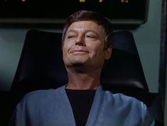 For the World is Hollow and I Have Touched the Sky Star Trek Meme, Star Trek Tos, Star Wars, Spock And Kirk, Stark Trek, Star Trek Images, Enterprise Ncc 1701, Star Trek Original Series, The Final Frontier