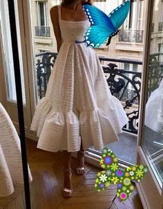 Autumn Outfits for Teens 48+  dress picture painting Sporty Summer Outfits What is a dress synonym #dress Casual Spring Outfits<br> Sporty Summer Outfits, Spring Outfits, Dress Picture, Prom Dresses, Formal Dresses, Outfits For Teens, Beautiful Women, Female, Casual