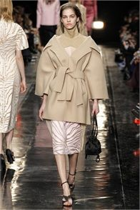 Carven - Collections Fall Winter 2013-14 - Shows - Vogue.it
