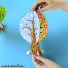 We have a wonderful four seasons tree craft template to share with you, this one can fold nicely into a 4 seasons book or you can assemble it together to stand on it's own. Bricolages pour Enfants Four Seasons Tree Craft With Template Paper Crafts For Kids, Preschool Crafts, Diy For Kids, Diy And Crafts, Arts And Crafts, Craft Kids, Tree Crafts, Spring Crafts, Creative Crafts