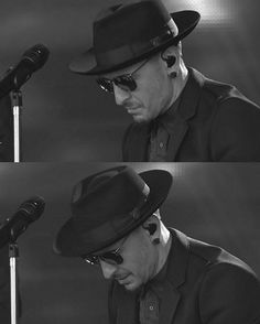 Chester after singing ONE MORE LIGHT in Dedication, to Chis Cornell