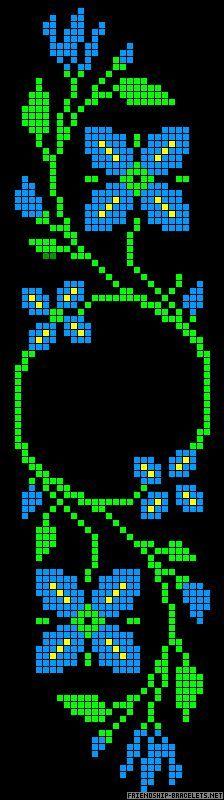 A59600 - friendship-bracelets.net floral with center circle for pendant pattern