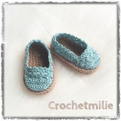Items similar to Crochet baby shoes / Chaussons pour bebe au crochet on Etsy Newborn Shoes, Crochet Baby Shoes, Crochet Patterns, Etsy, Slippers, Booty, Trending Outfits, Unique Jewelry, Handmade Gifts