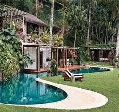 The castle of my life in Australia with the swimmingpool. Beautiful Dream, Beautiful Homes, Amazing Architecture, Architecture Design, Brazil Houses, Living Place, Resort Villa, Spanish House, Cottage