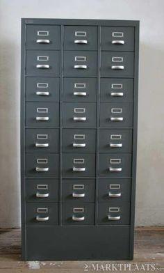 Gispen archiefkast 24 lades