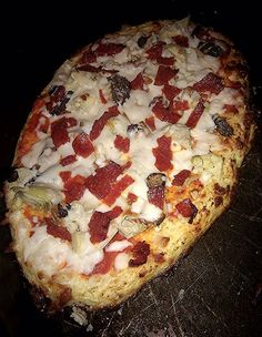 Cauliflower Crust Pizza Me and Jorge: Belly Fat Cure Diet Belly Fat Cure by Jorge Cruise Pizza Recipes, Diet Recipes, Cooking Recipes, Healthy Recipes, Yummy Recipes, Healthy Habits, Healthy Foods, Yummy Food, Belly Fat Cure